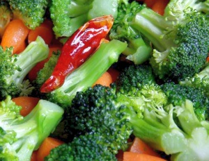 Cruciferous-vegetables-salad